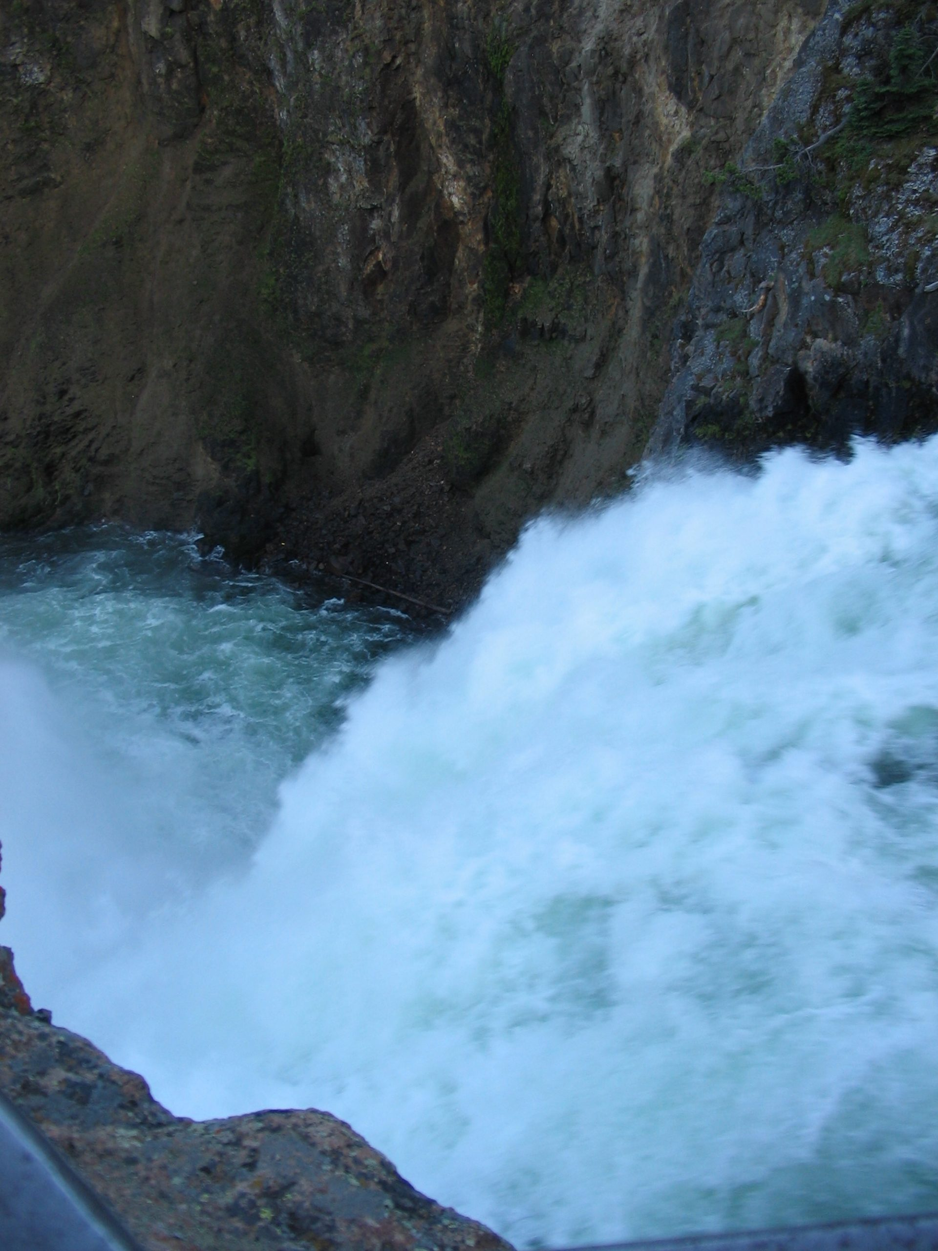 Top of Lower Falls waterfall going over the edge